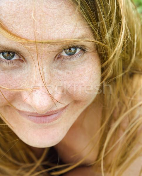 Kobiet portret w górę blisko atrakcyjny Zdjęcia stock © iofoto