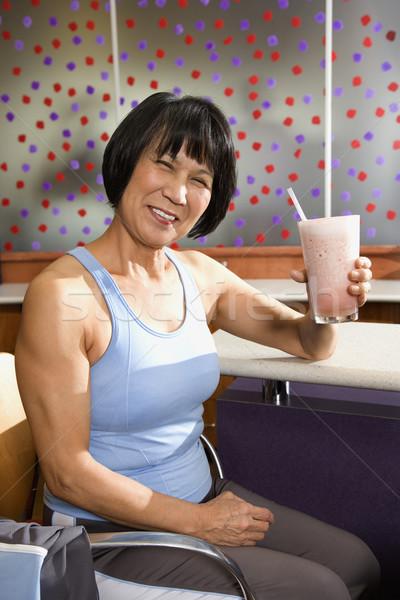 Nő egészség shake érett ázsiai felnőtt Stock fotó © iofoto