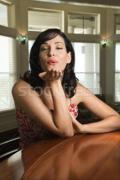Stok fotoğraf: Kadın · öpücük · kafkas · oturma · bar