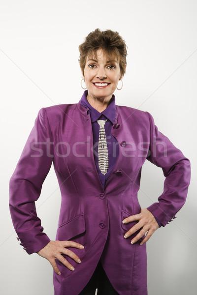 Stock fotó: Nő · lila · öltöny · félhosszú · portré · csinos