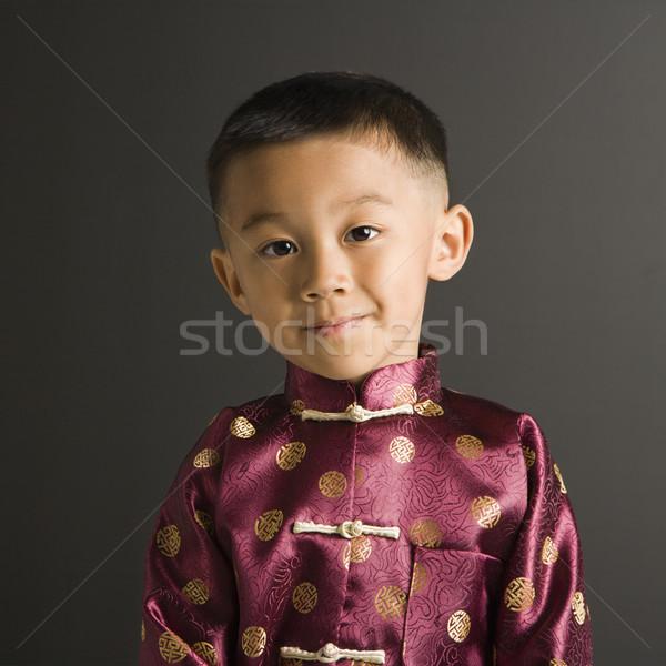 Asian jongen traditioneel kostuum permanente Stockfoto © iofoto