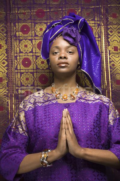 Foto stock: Jovem · africano · americano · mulher · oração · tradicional