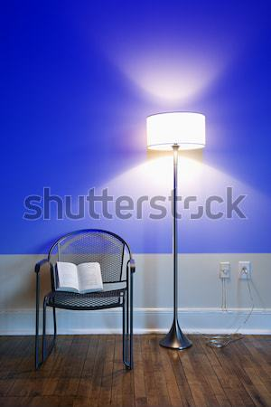 lampe blau wand licht hellen stock stock foto iofoto 5992 stockfresh. Black Bedroom Furniture Sets. Home Design Ideas