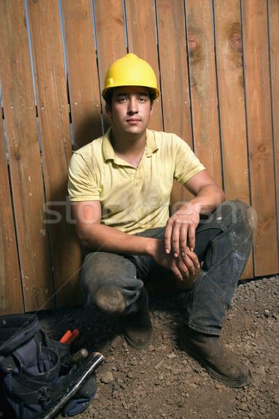 Férfi építőmunkás szerszámok kaukázusi táska visel Stock fotó © iofoto