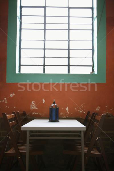 Simples tabela janela sessão rústico parede Foto stock © iofoto