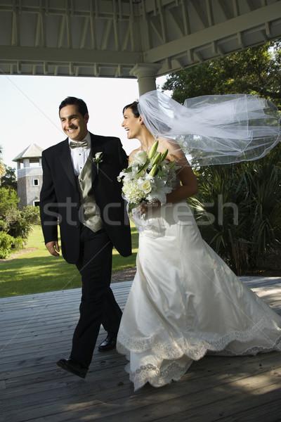 Oblubienicy pan młody spaceru wraz miłości Zdjęcia stock © iofoto