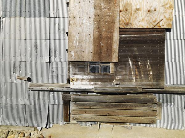 Gebäude Holz Metall Fenster Farbe Stock foto © iofoto