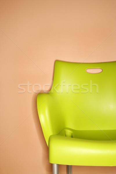 Verde cadeira parede plástico laranja projeto Foto stock © iofoto