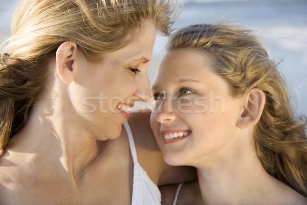 Stockfoto: Moeder · dochter · strand · glimlach · naar · een