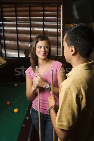 Paar sprechen Veröffentlichung junger Mann Frau lächelnd Stock foto © iofoto