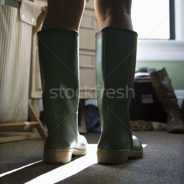 Verde stivali di gomma gambe indossare donna Foto d'archivio © iofoto