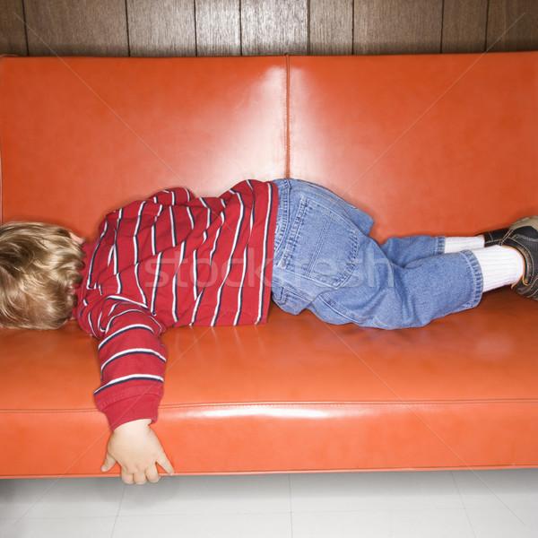 Jongen slapen kaukasisch vinyl sofa kind Stockfoto © iofoto