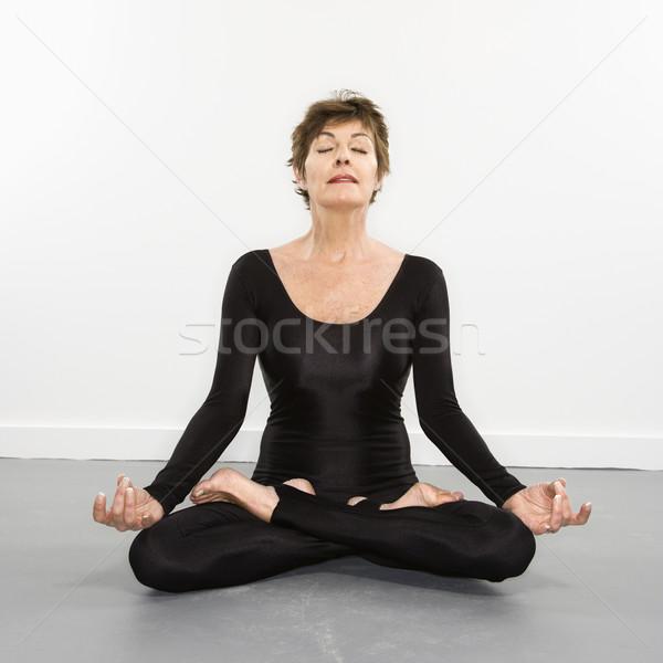 Donna ritratto bella seduta Foto d'archivio © iofoto