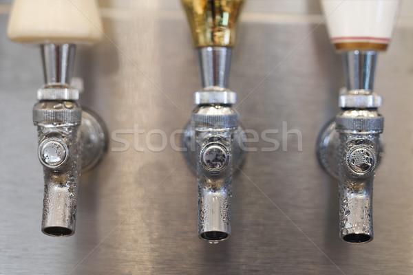 Bier tik drie condensatie tonen horizontaal Stockfoto © iofoto