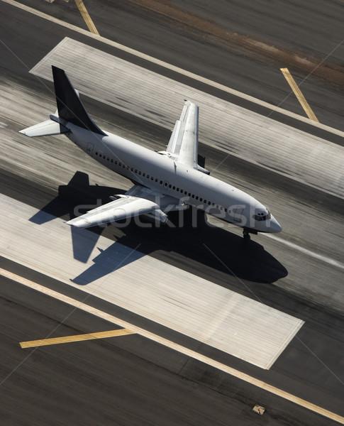 Samolot pasa widok z lotu ptaka lotniska podróży płaszczyzny Zdjęcia stock © iofoto