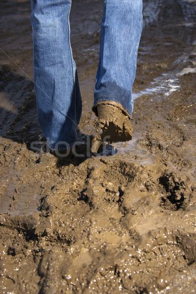 Pernas caminhada lama pessoa Foto stock © iofoto