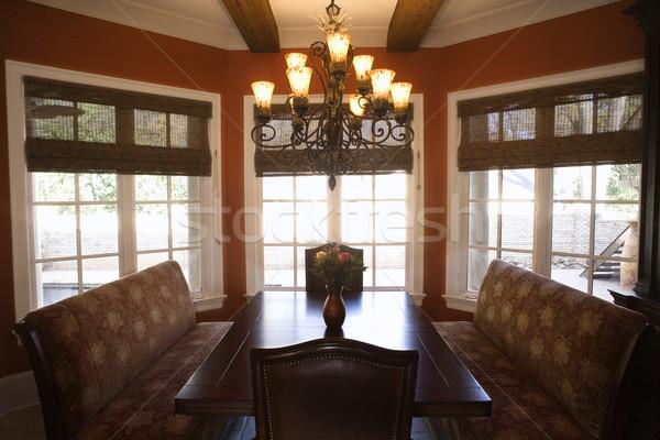 Sala da pranzo tavola sedie affluente home stanza Foto d'archivio © iofoto