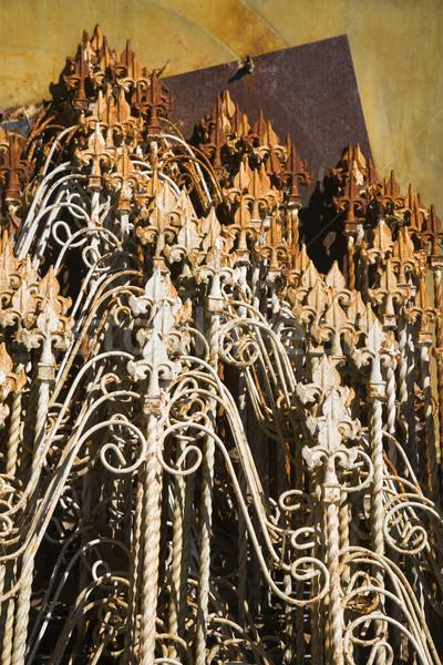 Starych ogrodzenie w górę metal wraz Zdjęcia stock © iofoto