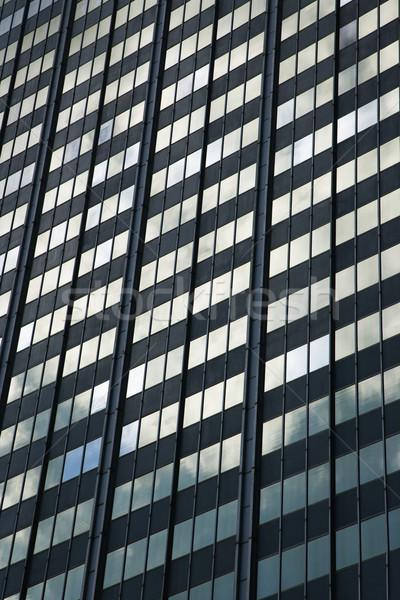 Kant glazen gebouw stedelijke venster kleur architectuur Stockfoto © iofoto