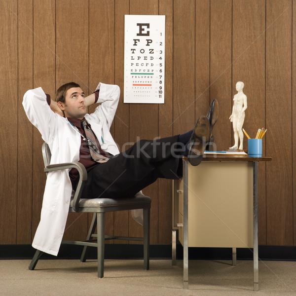 Médico caucasiano médico do sexo masculino secretária mãos Foto stock © iofoto