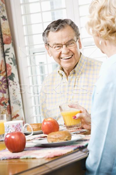 érett pár eszik reggeli kaukázusi együtt Stock fotó © iofoto