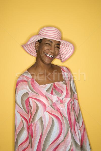 Nő rózsaszín kalap afroamerikai középkorú felnőtt női Stock fotó © iofoto