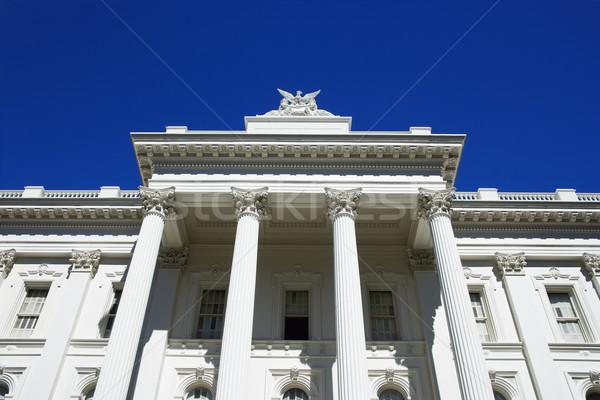 Alulról fotózva épület Kalifornia USA fehér oszlop Stock fotó © iofoto