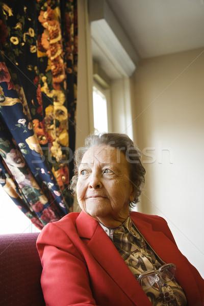ストックフォト: 成熟した女性 · 肖像 · 高齢者 · 白人 · 女性 · ウィンドウ