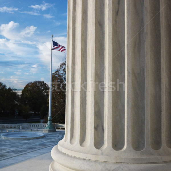 Photo stock: Tribunal · bâtiment · colonne · drapeau · américain · Washington · DC · USA