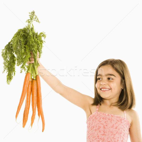 Meisje wortelen glimlachend bos witte Stockfoto © iofoto