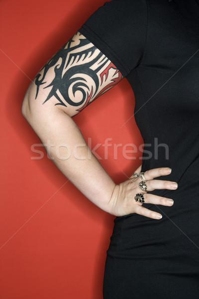 Tetovált nő kar kaukázusi kéz csípő Stock fotó © iofoto