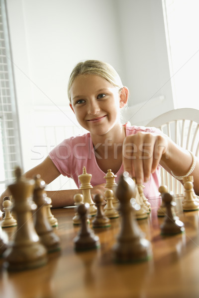 девушки играет шахматам кавказский улыбаясь ребенка Сток-фото © iofoto