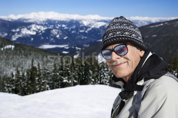 Man skiër bergen kaukasisch senior stofbril Stockfoto © iofoto