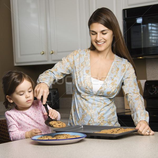 матери дочь кавказский Cookies девушки детей Сток-фото © iofoto
