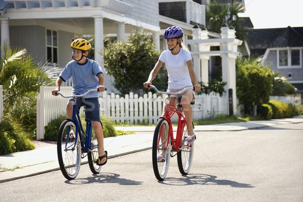 Menino menina equitação bicicletas irmão irmã Foto stock © iofoto