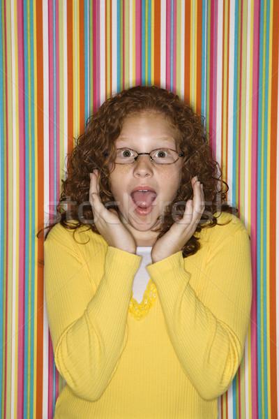 Lány néz meglepődött kaukázusi női gyermek Stock fotó © iofoto