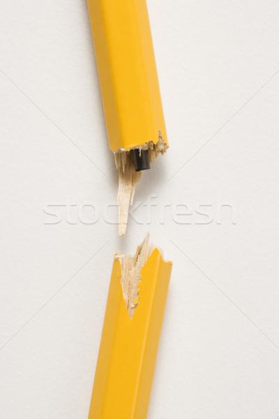 Törött ceruza fából készült citromsárga védtelen fehér Stock fotó © iofoto