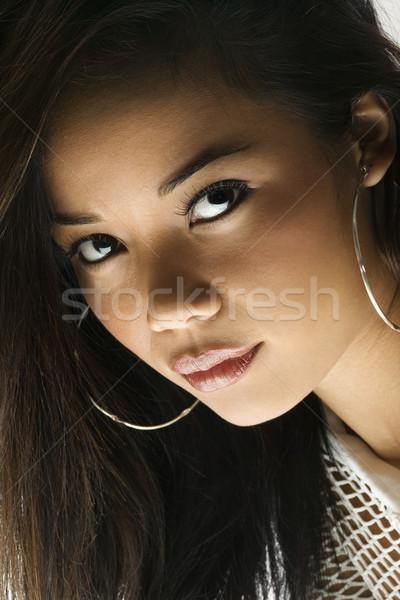 Genç kadın portre kadın bakıyor kadın Stok fotoğraf © iofoto