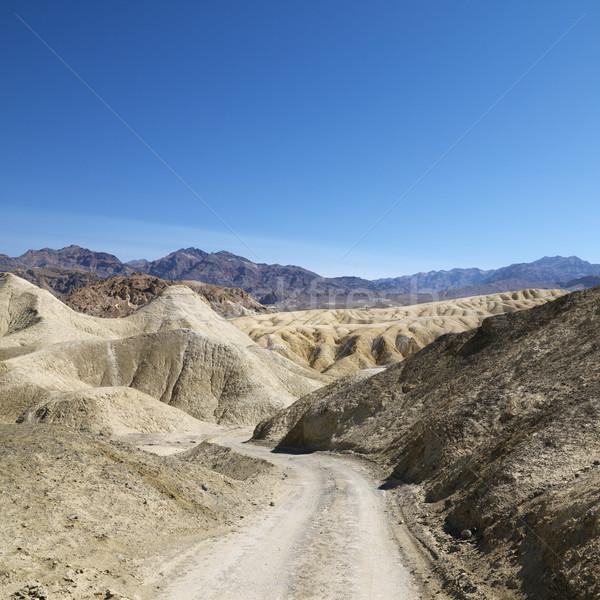 Estrada de terra morte vale paisagem cor Foto stock © iofoto