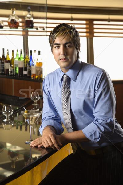 Hombre martini hispanos adulto bar Foto stock © iofoto