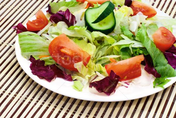 Taze sebze salata domates marul salatalık bahçe Stok fotoğraf © Ionia