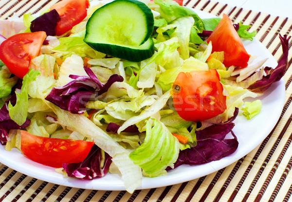 Taze sebze salata domates marul salatalık Stok fotoğraf © Ionia
