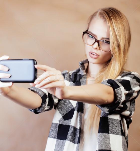 Jonge mooie blond meisje Stockfoto © iordani