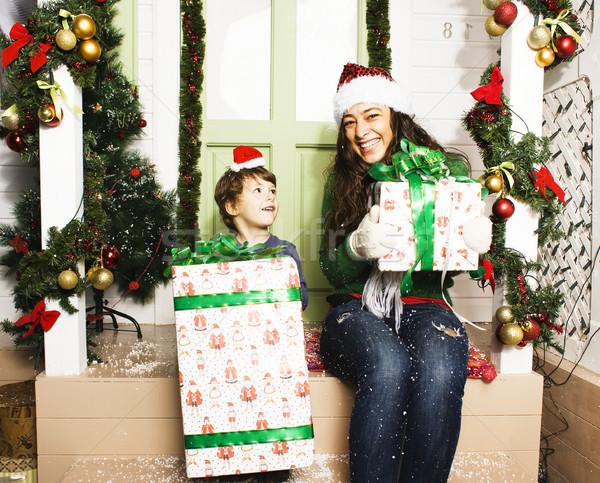 Foto stock: Família · feliz · natal · vermelho · espera · sorridente