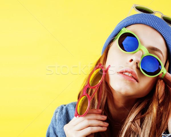 Genç güzel kadın mutlu gülen Stok fotoğraf © iordani
