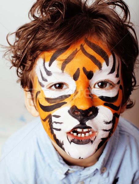 Pequeno bonitinho menino festa de aniversário laranja Foto stock © iordani