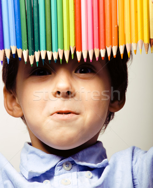 Weinig cute jongen kleur potloden Stockfoto © iordani