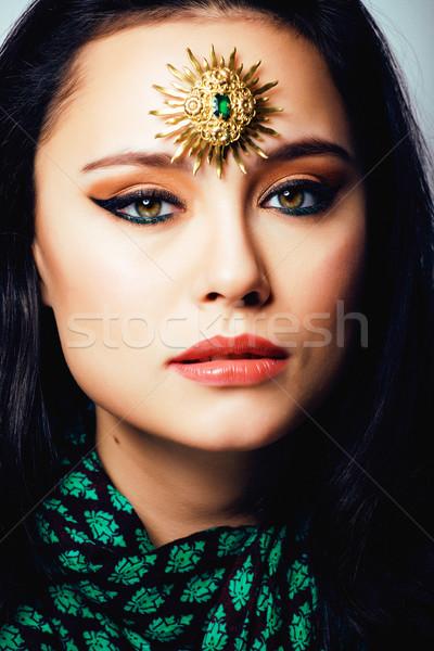 Szépség keleti igazi muszlim nő ékszerek Stock fotó © iordani