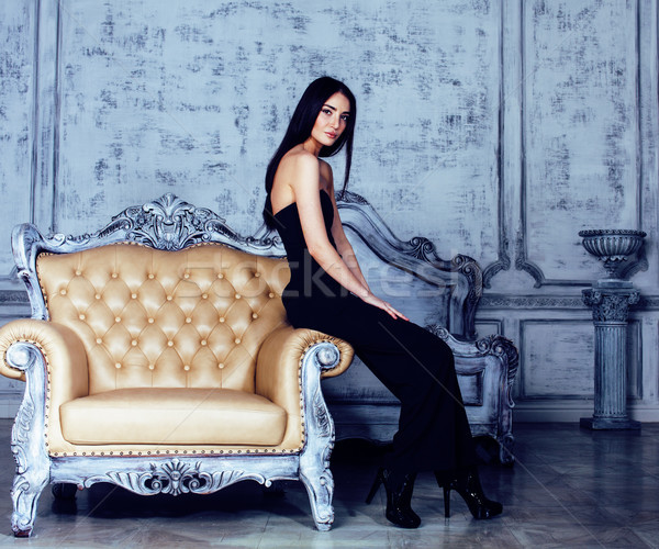 Schoonheid jonge brunette vrouw luxe home Stockfoto © iordani