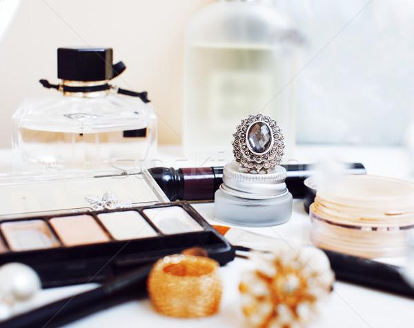 ювелирные таблице девушки мало Mess косметических Сток-фото © iordani